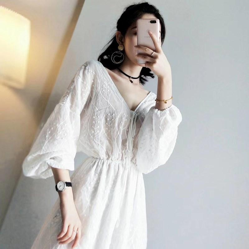 夏季新款白色雪纺蕾丝连衣裙气质仙女超仙甜美裙子长款过膝长裙女
