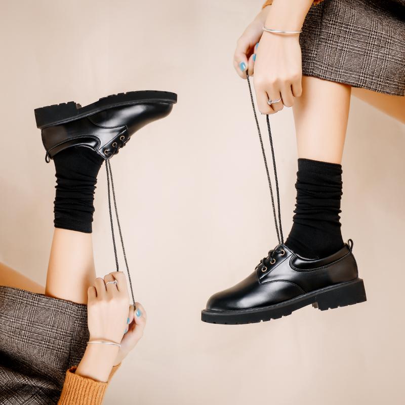 女鞋2019新款秋鞋复古粗跟平底单鞋黑色配裙子百搭英伦风小皮鞋女图片