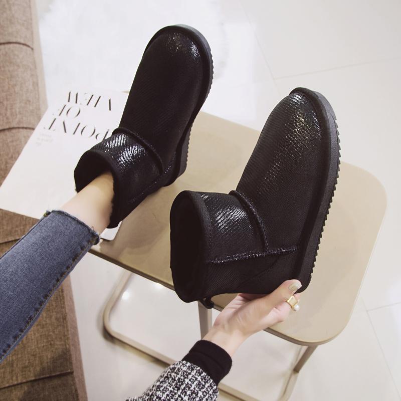 雪地靴羊皮毛一体2019新款冬季短筒时尚东北加厚棉鞋亮面短靴女鞋