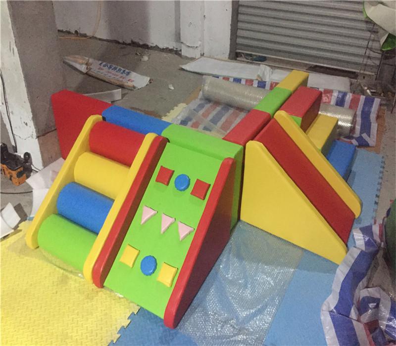 幼儿园球池室内软体角落球池早教防撞爬滑组合沙池海洋球软包围栏