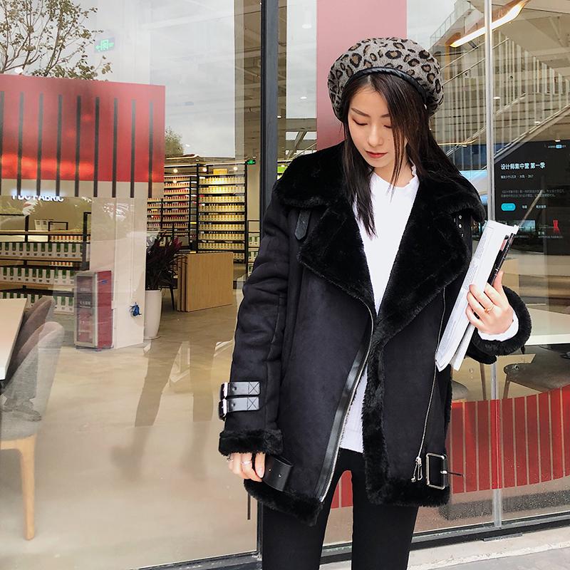 韩国秋冬翻领加厚麂皮绒皮毛一体外套女中长款鹿皮绒羊羔毛机车服