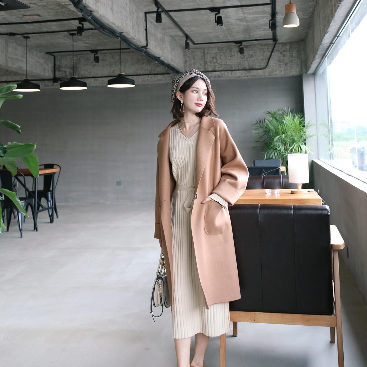 长袖V领针织连衣裙女2017秋冬新款喇叭袖收腰修身中长款打底裙