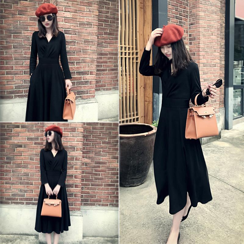 气质V领长裙2017秋冬女装新款复古黑色连衣裙加厚显瘦赫本小黑裙