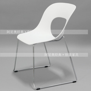 Nordic computer chair simple modern residential furniture fashion leisure home chair personality dining chair iron foot coffee chair