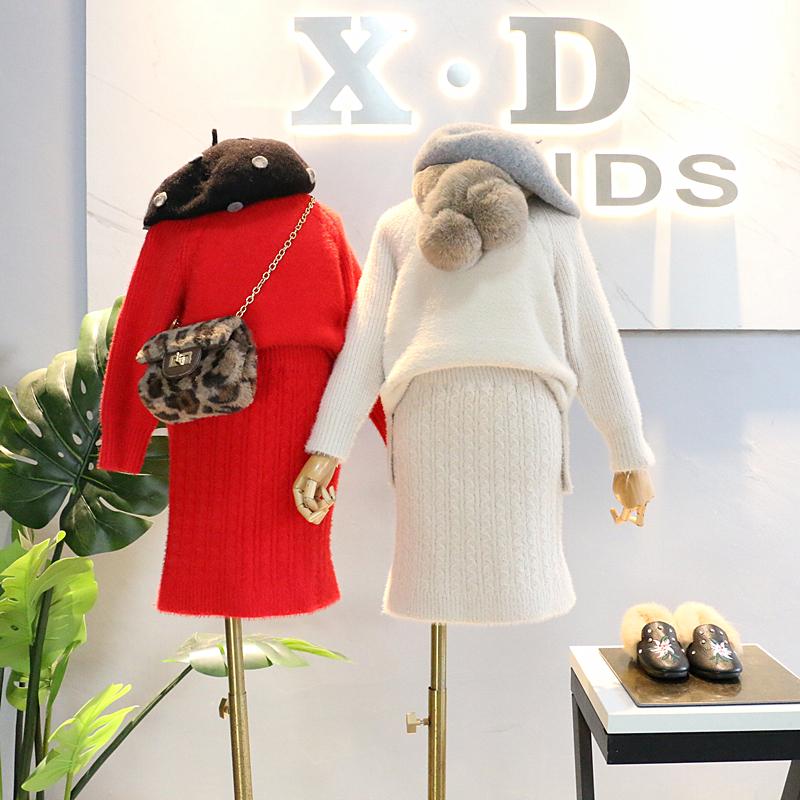 品牌童装2018冬装新品女童洋气百搭貂绒半高领毛衣包臀裙两件套装