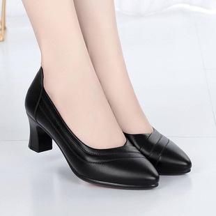 天天大东单鞋女韩版套脚女工作鞋粗跟一体跟低帮鞋中跟鞋妈妈鞋子