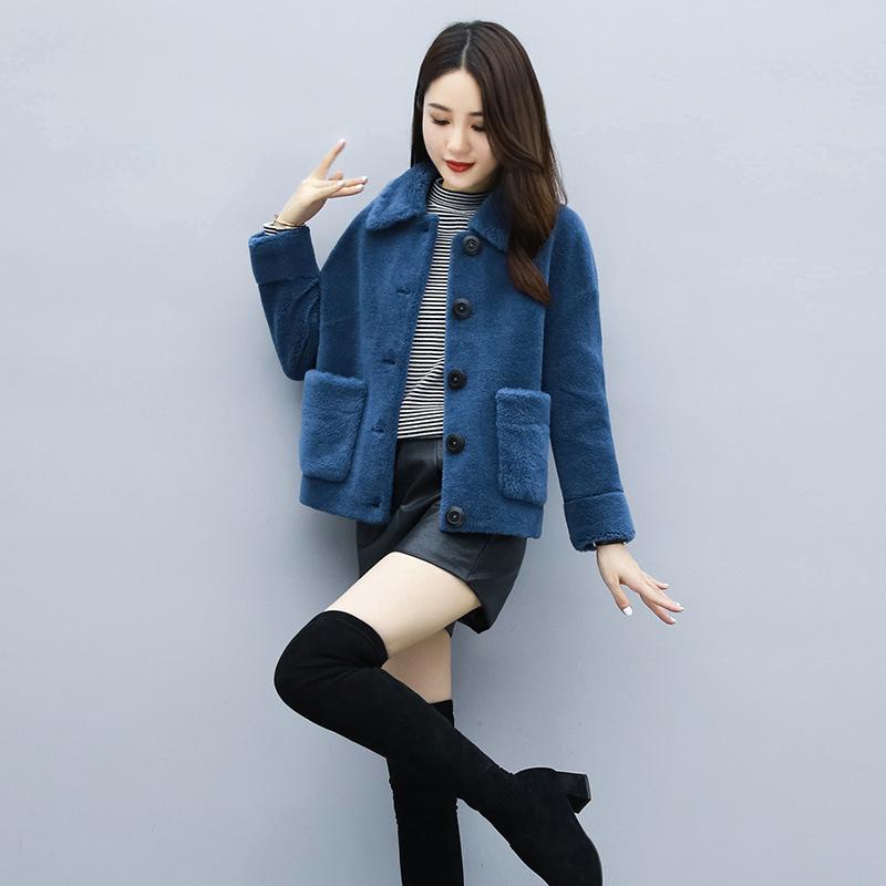 羊剪绒大衣女短款冬季新款颗粒绒高端百搭修身小香风皮毛一体外套