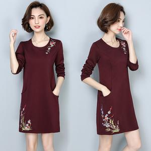 中老年裙子秋冬新款中长款打底衫加厚大码女装妈妈加绒长袖连衣裙