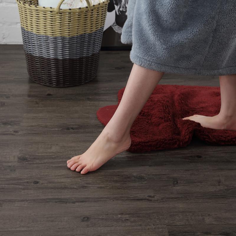 复古做旧木纹自粘地板革地贴纸加厚耐磨PVC地胶服装店咖吧商用