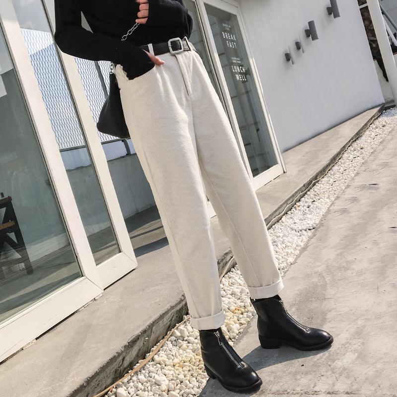 直筒灯芯绒裤子女秋冬2019新款工装萝卜裤韩版休闲老爹白色条绒裤