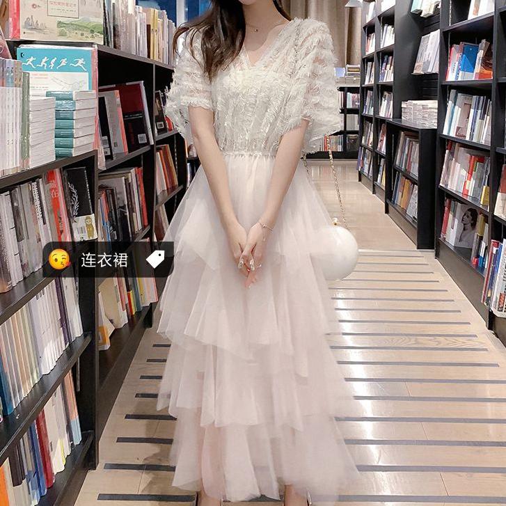 很仙的法国小众裙子2020夏季新款气质收腰显瘦网纱中长款连衣裙女