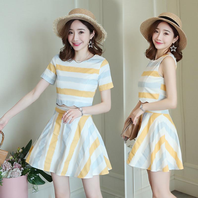 时尚套装女夏2019新款修身显瘦粗条纹A字裙无袖短袖套装裙两件套 -