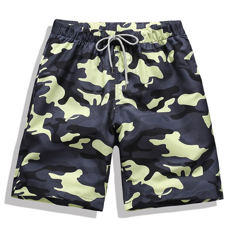 迷彩绿沙滩裤