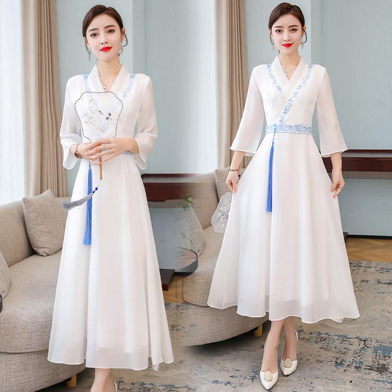 2020夏季中国风女装刺绣复古改良汉服白色仙气高腰显瘦长裙连衣裙