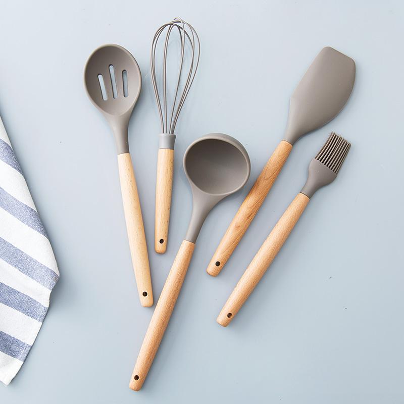 居家家硅胶厨具套装厨房用具打蛋器漏勺汤勺家用木柄加厚勺子铲子