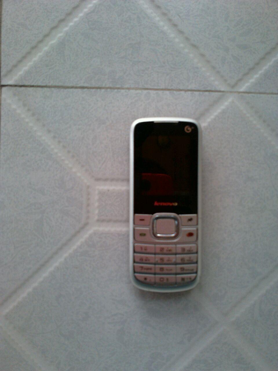 8成新手机联想TD106