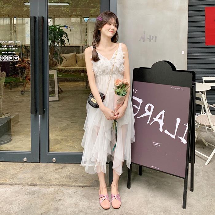 夏季女装2019新款韩版洋气气质V领中长款网纱吊带连衣裙夏小清新