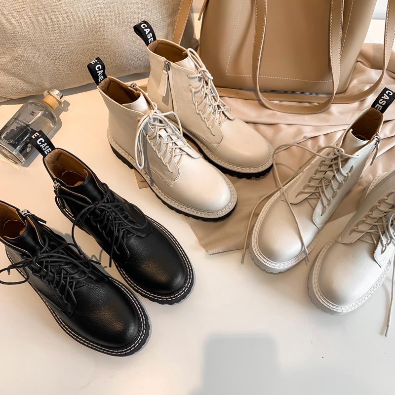 与格2019新款大幂幂同款马丁靴女英伦风短靴春秋单靴厚底白色靴子