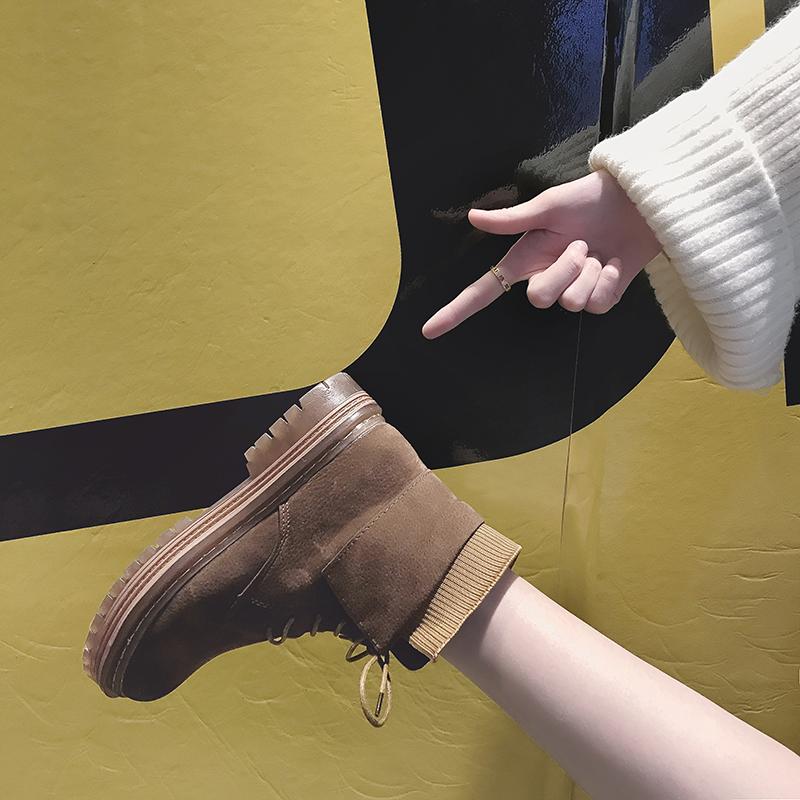 点击查看商品:靴子2018冬季新款加绒学生马丁靴女英伦风鞋子百搭韩版短靴女鞋冬