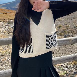 FAYEYE SHOP自制秋季毛线背心女外穿宽松v领双口袋针织衫工字马甲图片