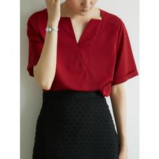 衬衫女设计感小众心机v领猩红通勤ol短袖衬衣夏复古宽松上衣chic