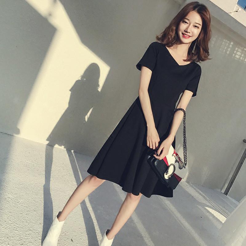 2019夏装新款复古赫本小黑裙礼服裙小香风收腰修身气质V领连衣裙