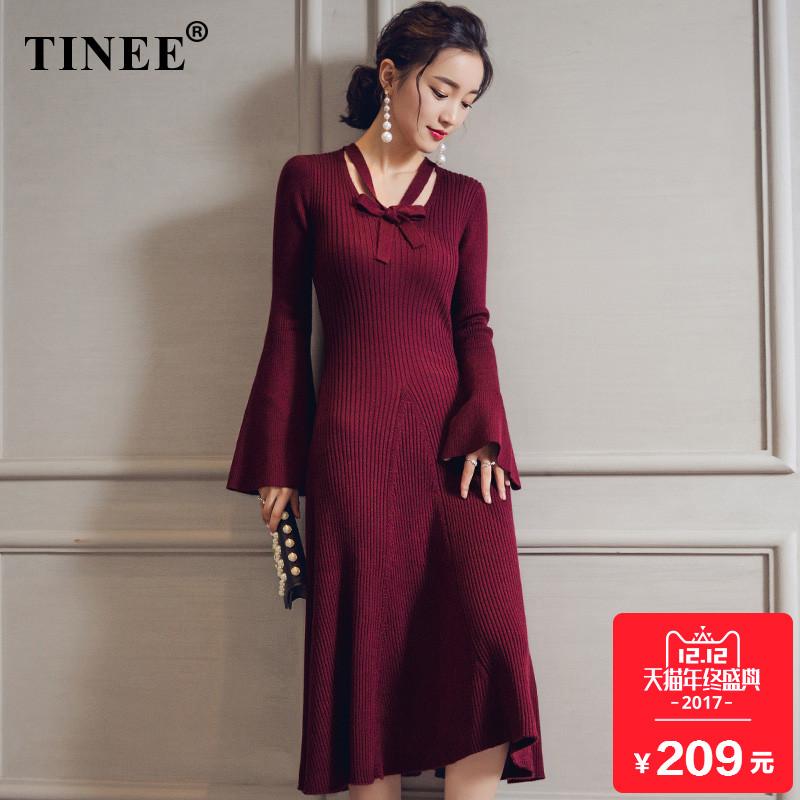 2017新款喇叭袖针织连衣裙 秋冬季毛衣裙长款过膝红色V领打底长裙