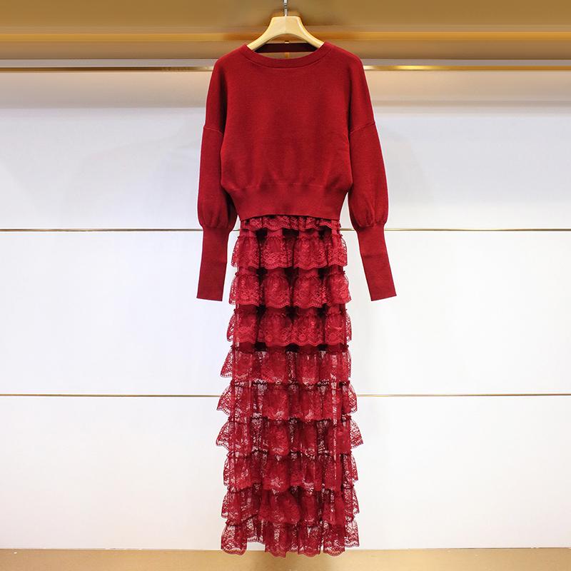 K2018冬季新款圆领露背针织衫+蕾丝拼接蛋糕连衣