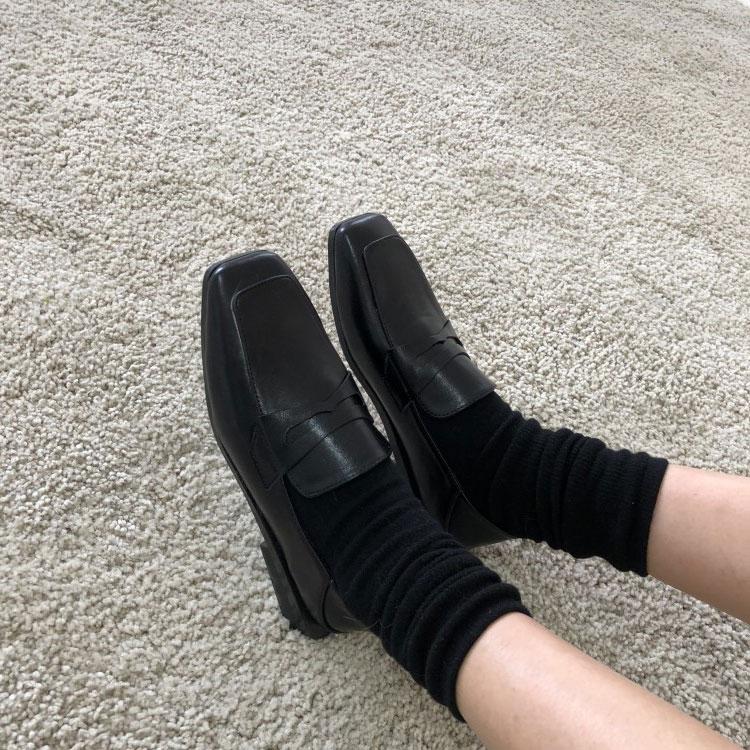 简约复古矮跟小皮鞋女18秋季新款英伦风方头粗跟平底一脚蹬乐福鞋