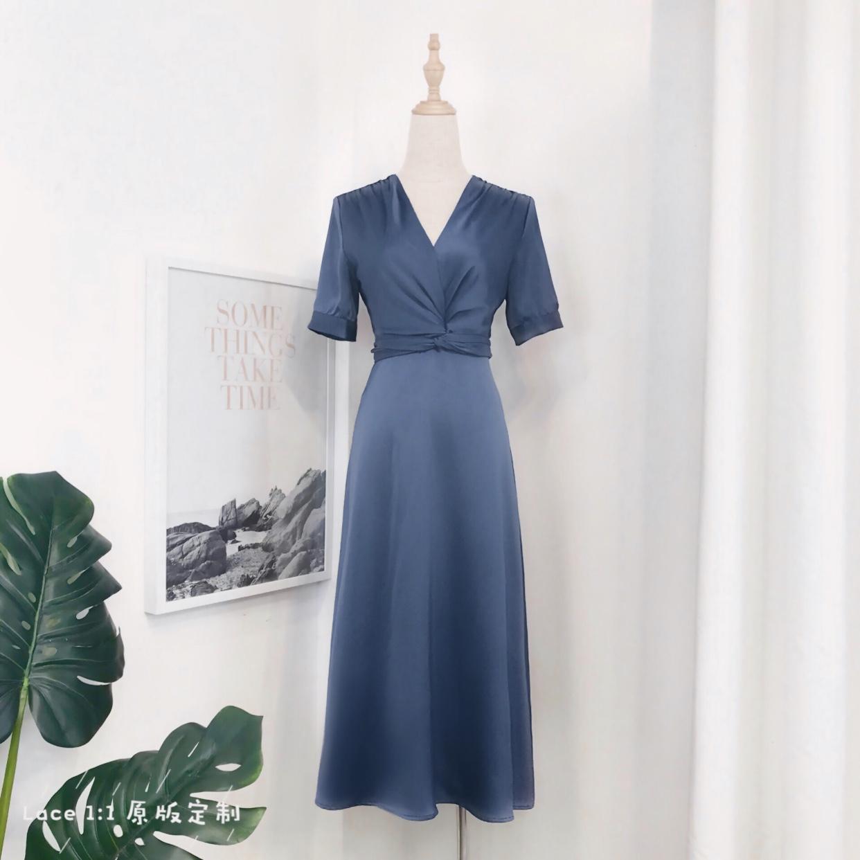 ALOHA STUDIO 露合制衣 法式v领缎面长裙短袖高腰气质扭结连衣裙