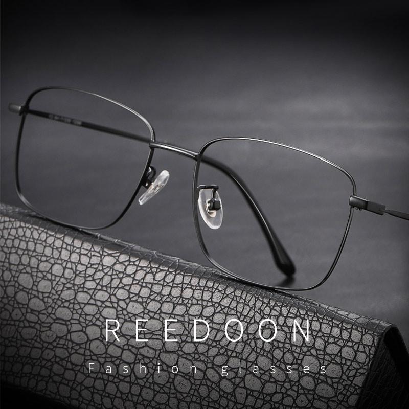 复古纯钛超轻近视眼镜男黑框眼镜女眼镜框架可配镜片眼睛防蓝光潮