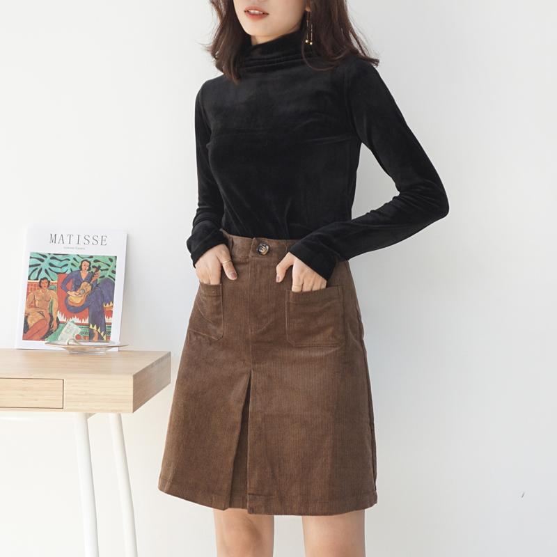 2017冬季新款灯芯绒高腰纽扣短裙A型百搭口袋开衩棕色显瘦半身裙