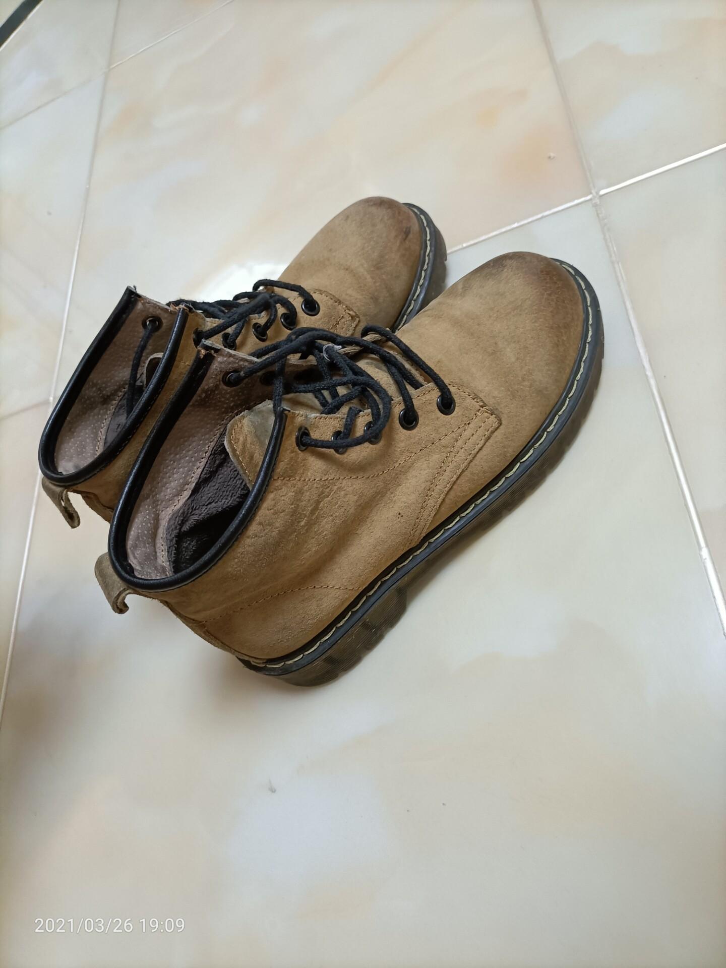 马丁靴女款36码