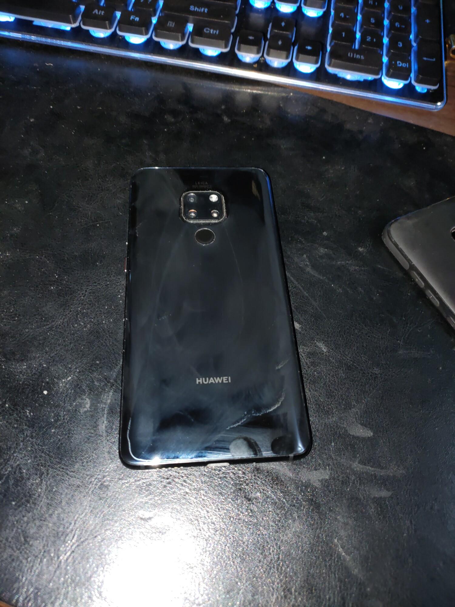华为mate20手机九成新,屏幕机身无划痕,包装盒,配件齐全