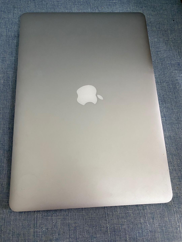 苹果笔记本电脑MacBook Pro,2014款15寸,型号