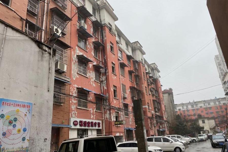 怀远县荆山镇东方红商住小区B区3号楼504号房屋