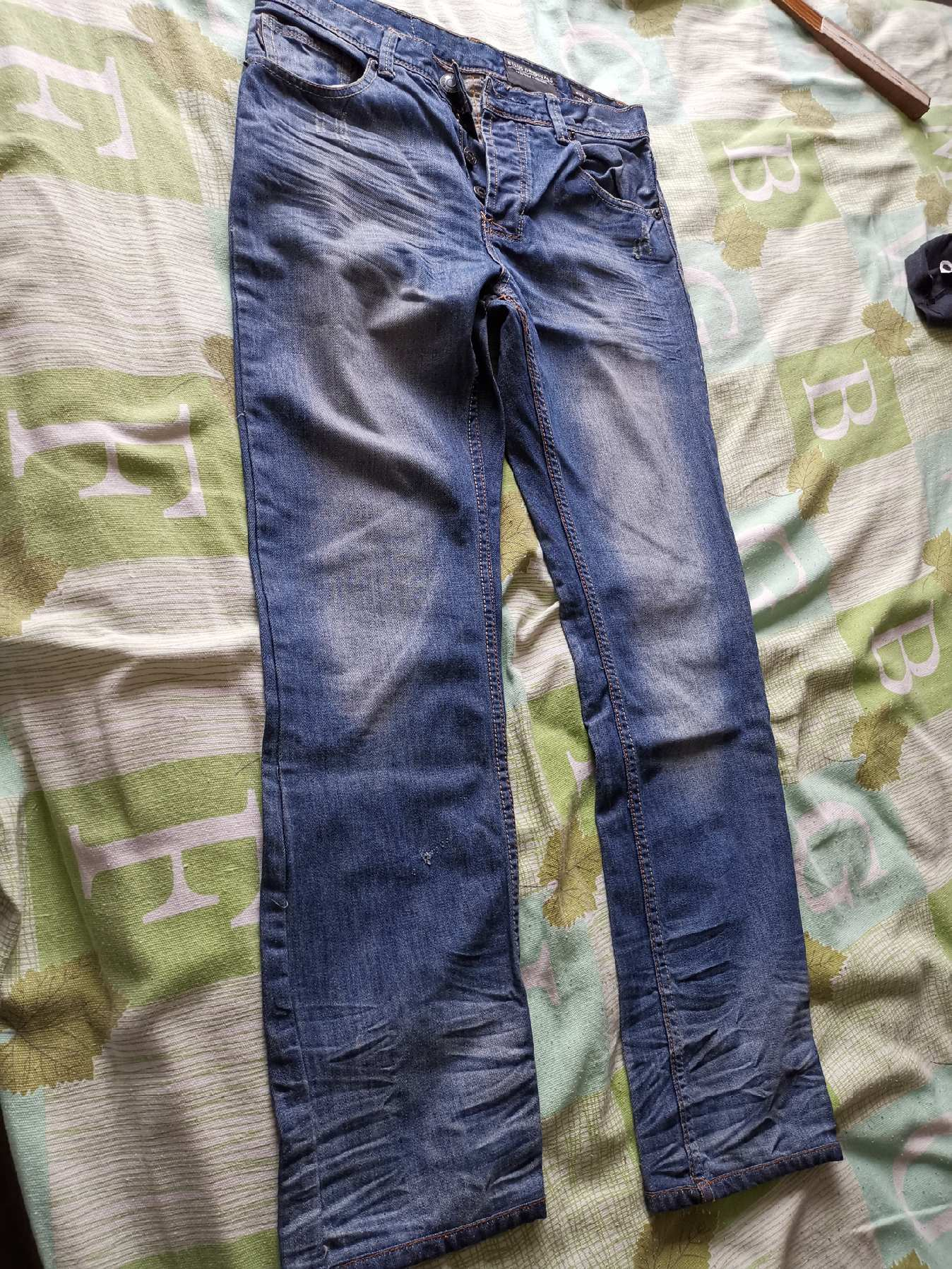 ELLUS ORIGINALS牛仔裤