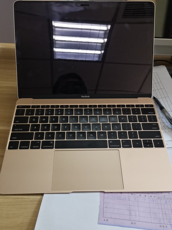 苹果MACbook 型号A1534