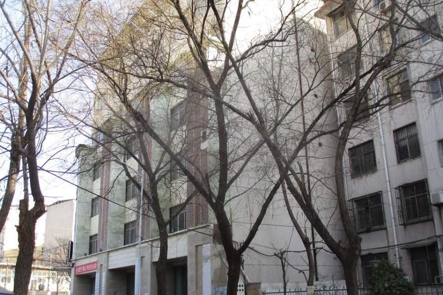 许昌县兴昌路北段西侧1-7层及1-4层综合楼房产