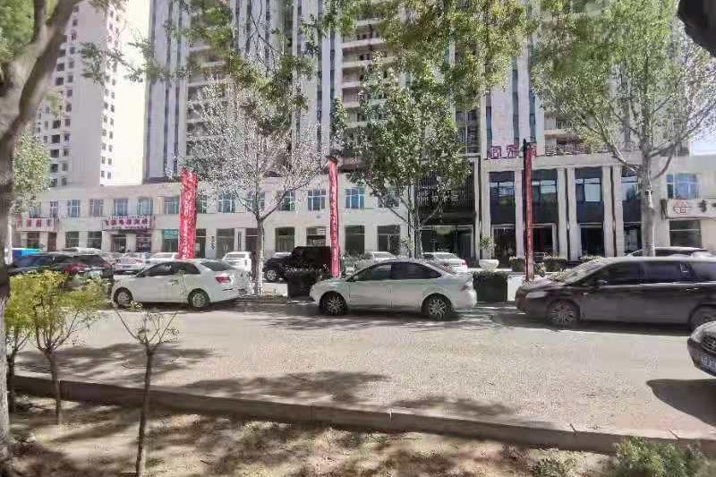 唐山市丰润区宏升君天下7号楼商业11号