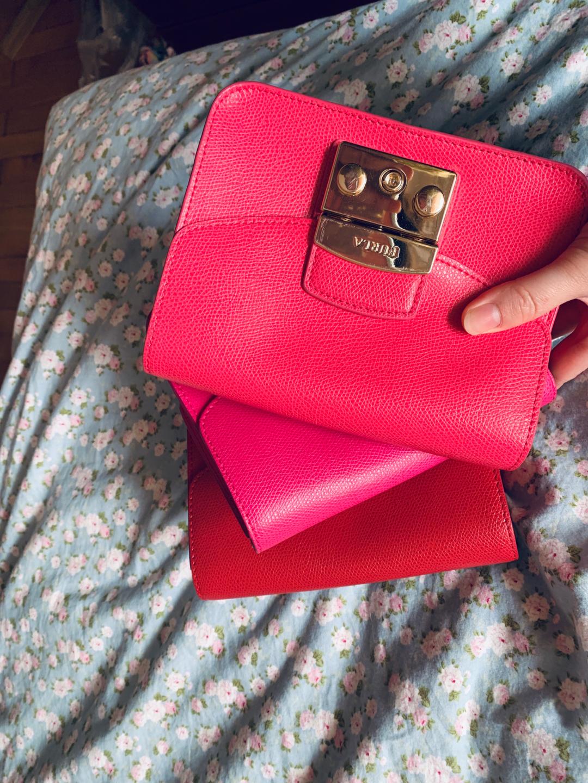 芙拉玫红色,7新,芙拉里最喜欢用的一个颜色,五金有部分生锈,