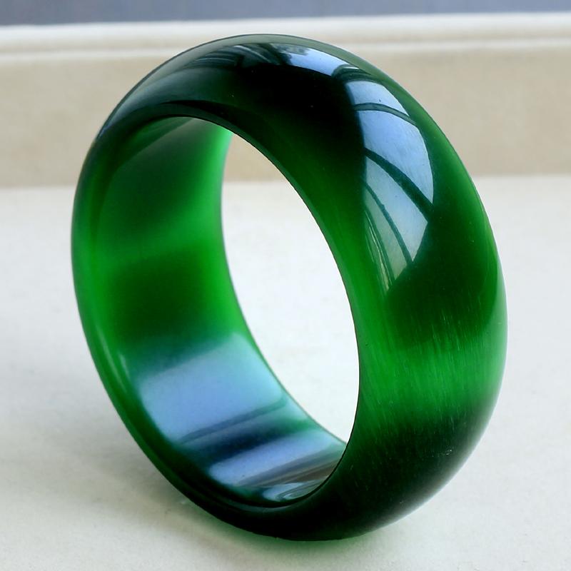 天然绿色猫眼石手镯 闪亮翡翠绿 大宽加厚水晶镯子女 搭配玉镯子