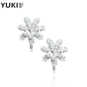 YUKI stealth no ear ear clip jewelry Korea Crystal snowflake new fresh ladies '' gifts