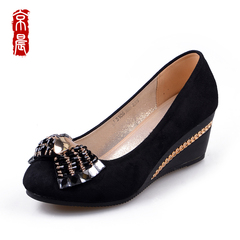 Autumn new authentic old Beijing cloth shoes women's shoes with bow rhinestone light ladies black ladies shoes