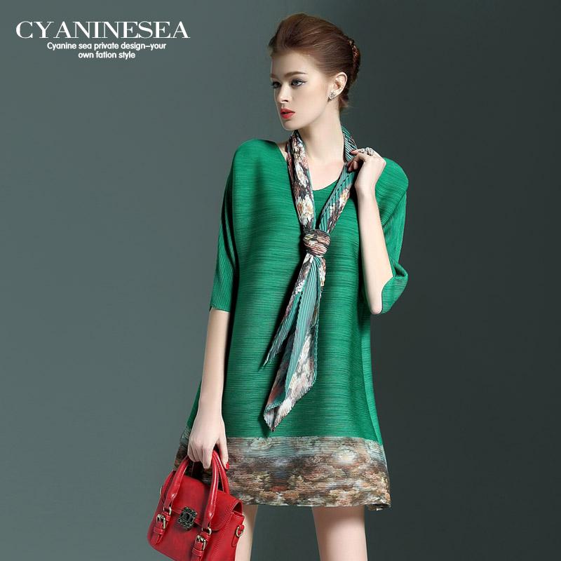 春装新款时尚印花褶皱A字裙圆领半袖宽松连衣裙女2440