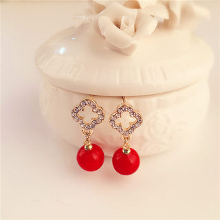 Love the Korean version of new stylish shiny rhinestone flower Stud Earrings ear jewelry red Pearl sweet temperament package mail
