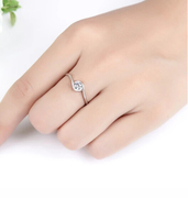 Nice Korean couple jewelry ring diamond ring water Korea quit female water diamond ring with the stars