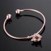 Good temperament diamond Fox head bracelet bracelet jewelry opening enchanting female Korean fashion gifts
