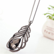 Leaves diamond love necklace sweater chain long drop necklace jewelry jewelry Jewelry Accessories package mail