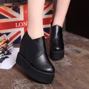 2015 new rough heels in Europe and America in the autumn cake thick-soled platform shoes with round head female skin deep mouth shoe